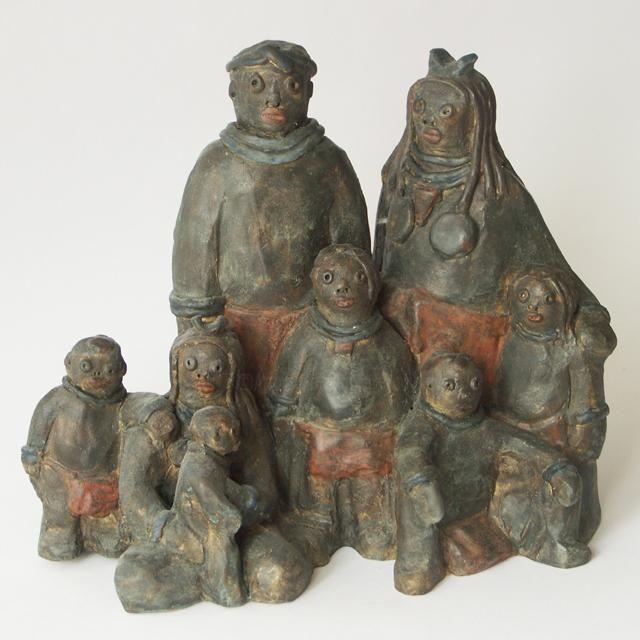 Famille noire - bronze 19 cm