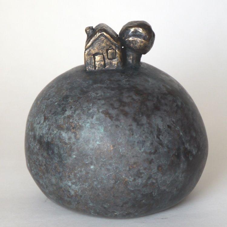 """une-maison-pu-12cm-2012-eva-rouwens-eva-rouwens-p1120929.jpg Vernissage de l'exposition de mes sculptures à """" Open Art Galerie"""" 21000 Dijon"""
