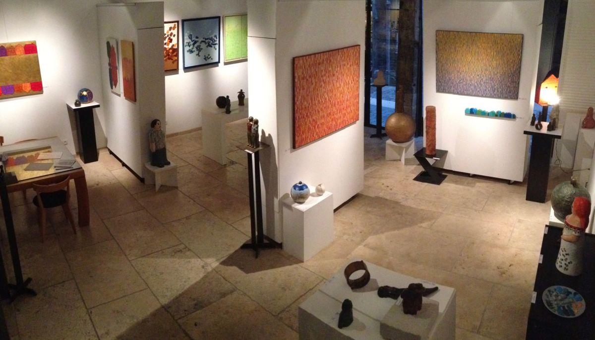 """7-eva-rouwens-7023.jpg Exposition individuelle """"Galerie de la Tour"""" dans le vieux Lyon."""
